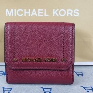 Michael Kors Hayes Cranberry Wallet